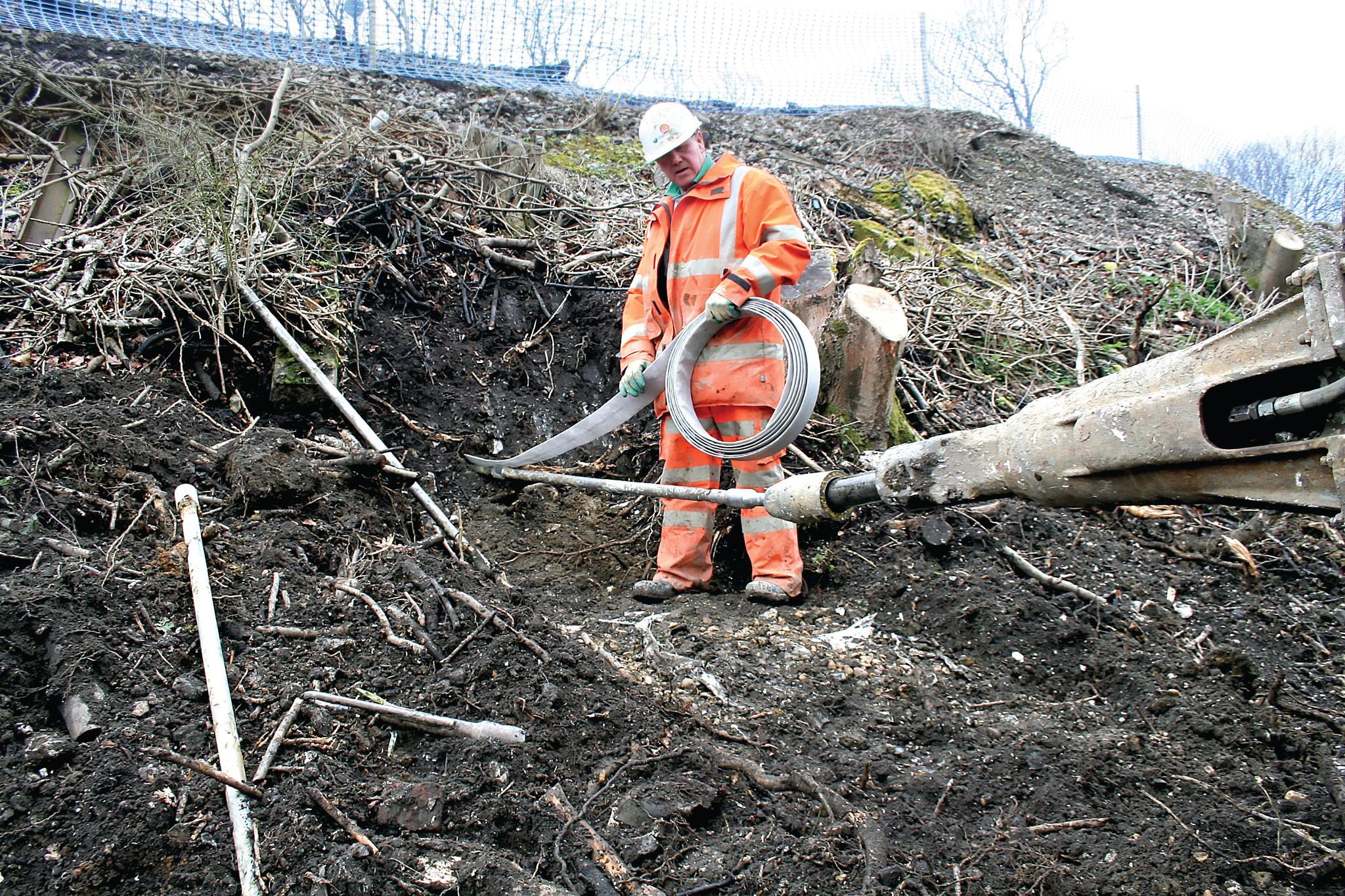 Burgess Hill Embankment Strengthening - UK | Platipus Anchors